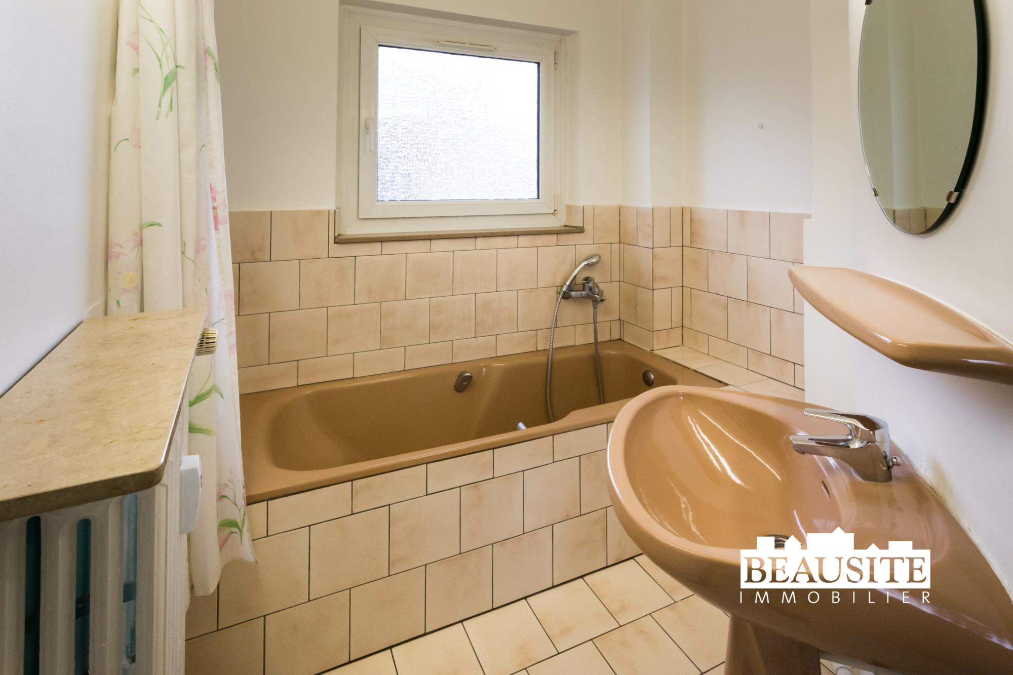 [Paquebot] Accostez dans un appartement à la vue sur la Cathédrale - Halles / rue de Bouxwiller - nos ventes - Beausite Immobilier 12