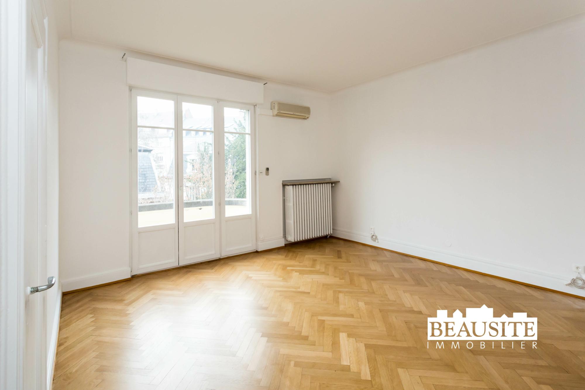 [Gloria] Un magnifique appartement bourgeois avec garage - Contades / Avenue de la Paix - nos ventes - Beausite Immobilier 12