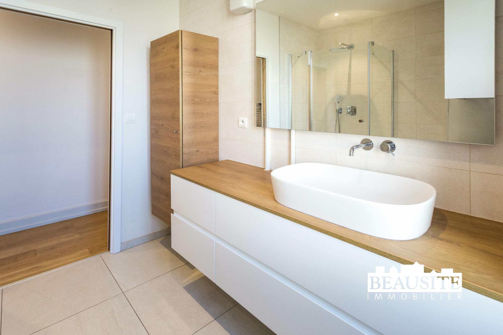 [Sobremesa] L'appartement 5 pièces chaleureux et convivial - Strasbourg / Boulevard du Président Poincaré - nos ventes - Beausite Immobilier 9