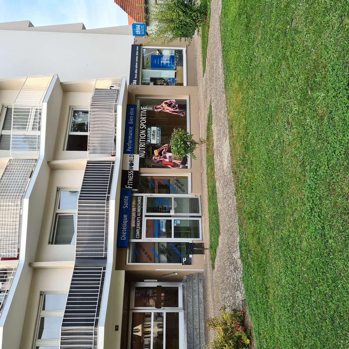 [Business] Un local commercial avec vitrines – Illkirch / route de Lyon - nos locations - Beausite Immobilier 2