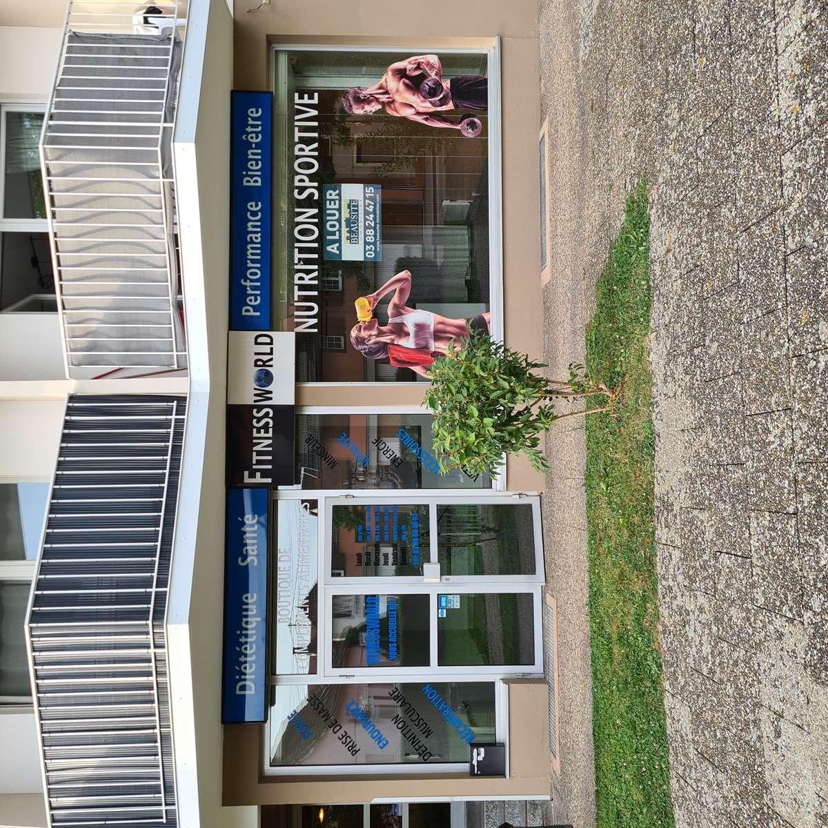 [Business] Un local commercial avec vitrines – Illkirch / route de Lyon - nos locations - Beausite Immobilier 1