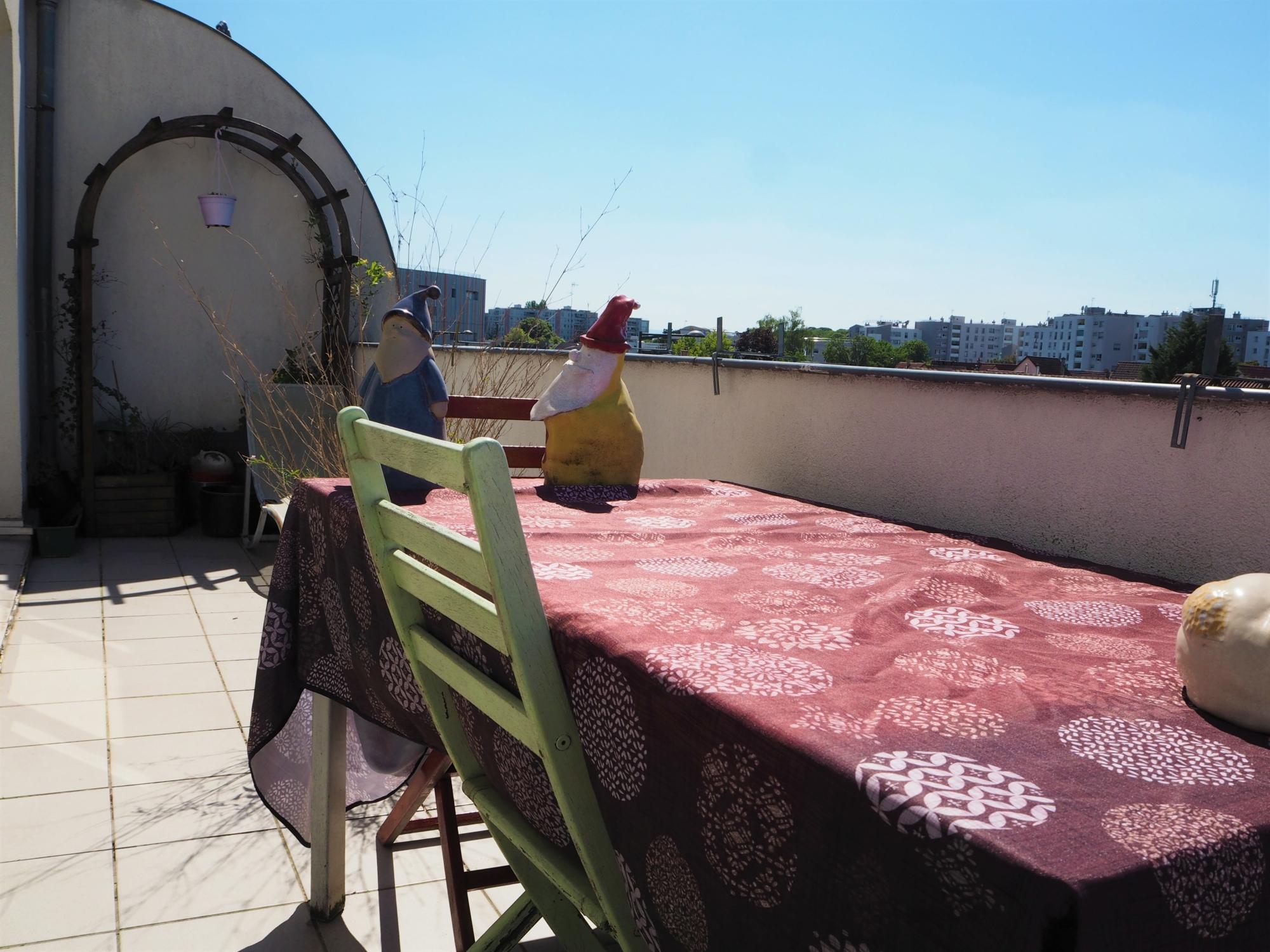[Sunny] Très beau 3 pièces avec terrasse, entièrement rénové - nos ventes - Beausite Immobilier 9