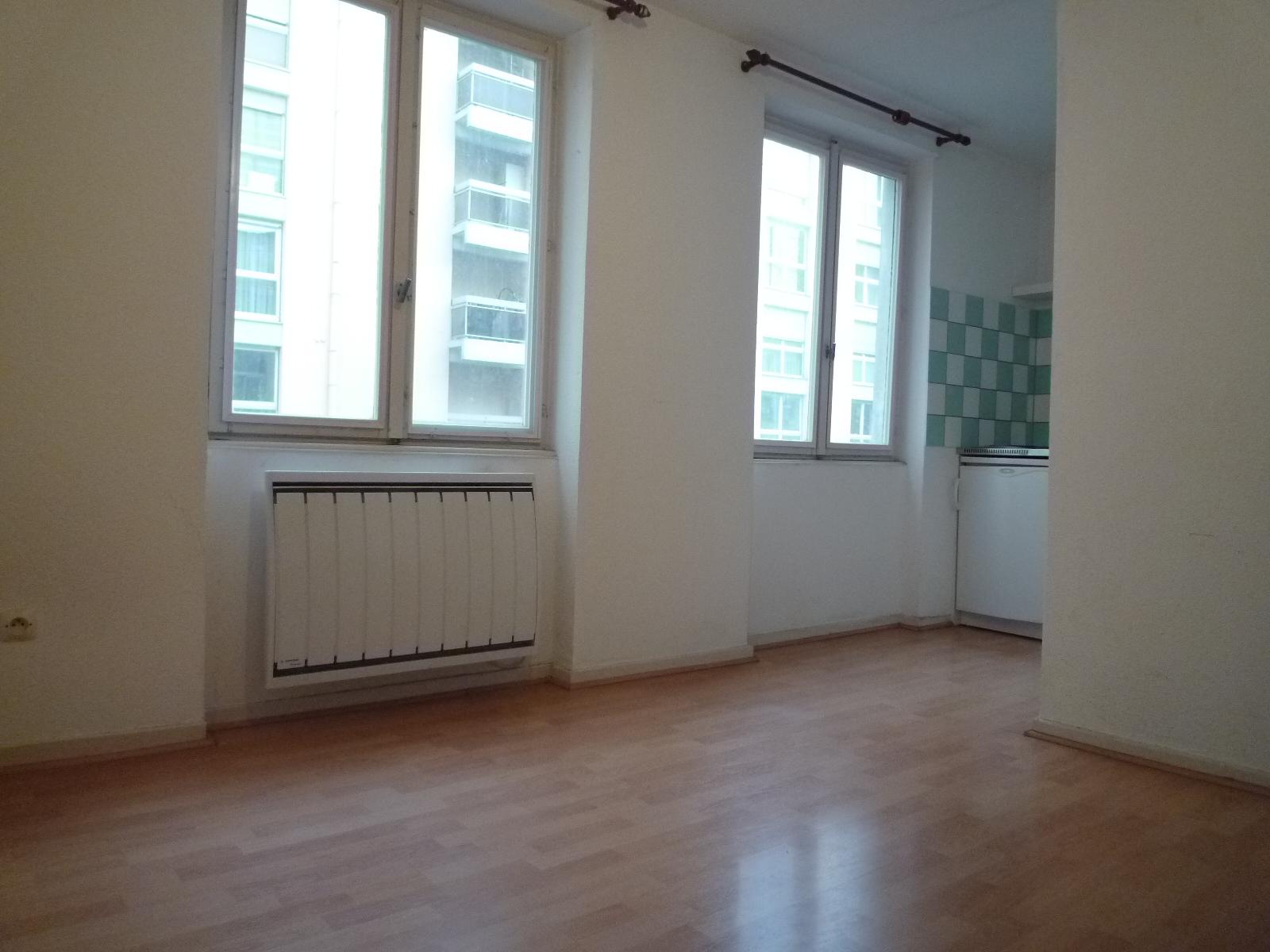 Très beau studio - Bourse / Rue de la Première Armée - nos locations - Beausite Immobilier 3