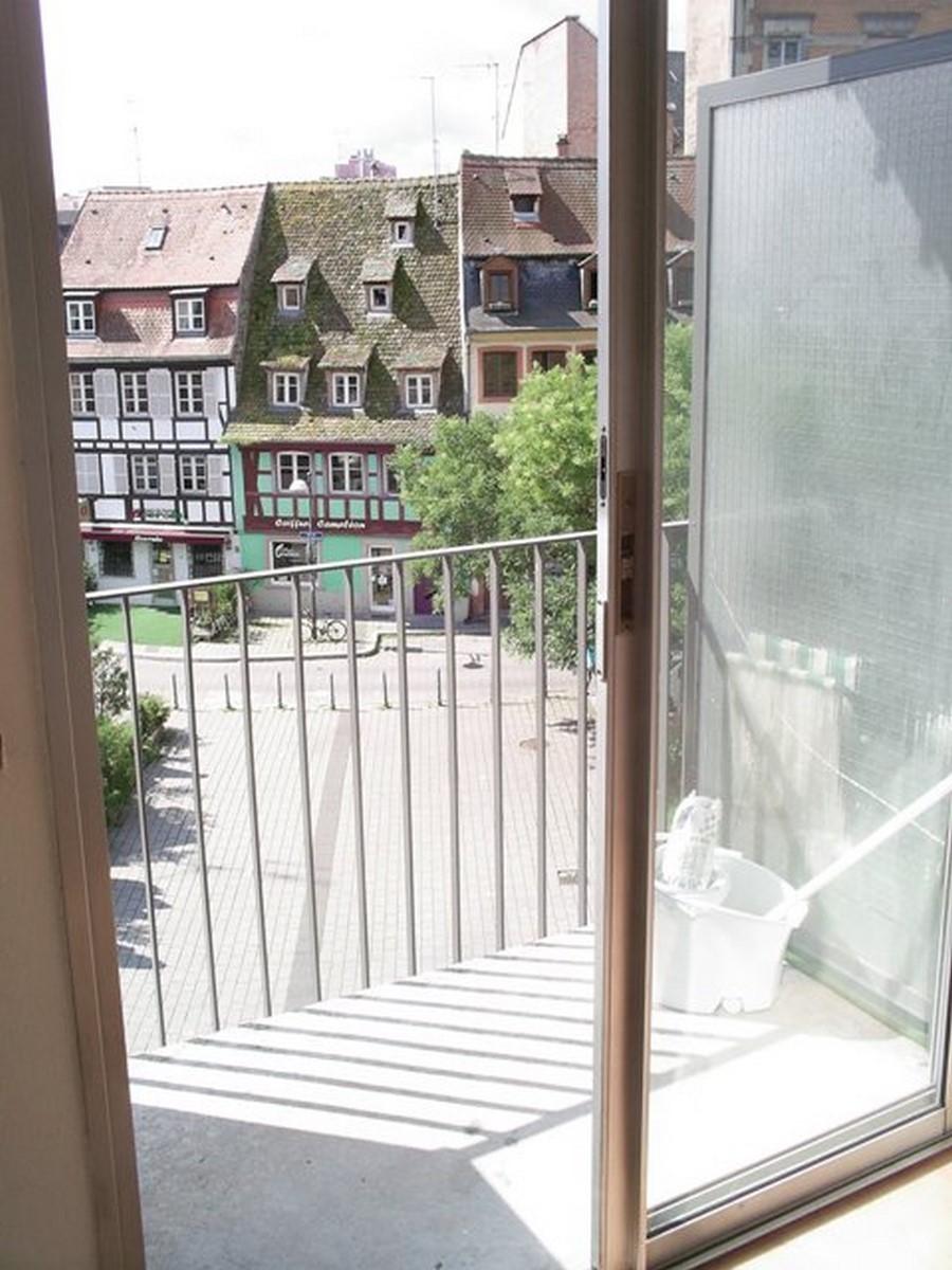 [Le Petite Suisse] Lumineux studio avec balcon – Krutenau / Place de Zurich - nos locations - Beausite Immobilier 3