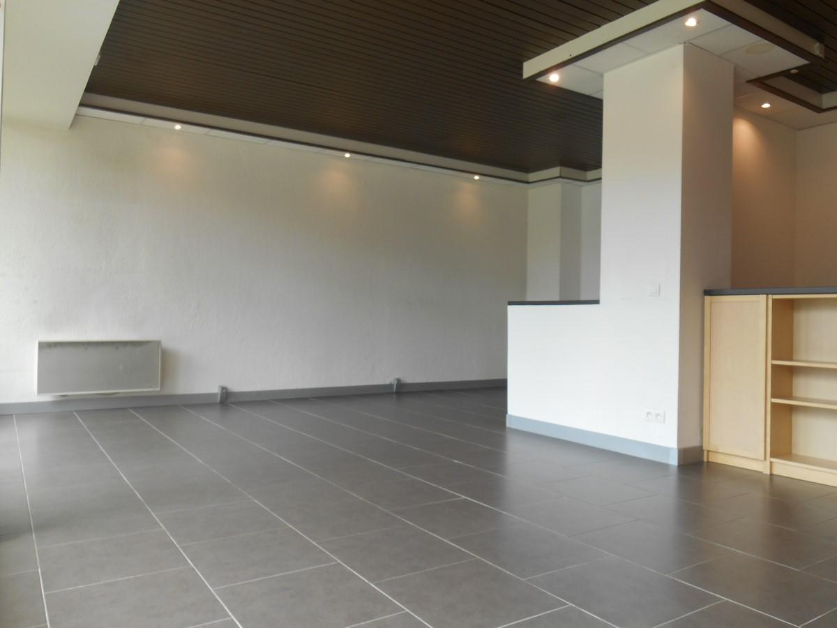 [Business] Un local commercial avec vitrines – Illkirch / route de Lyon - nos locations - Beausite Immobilier 7