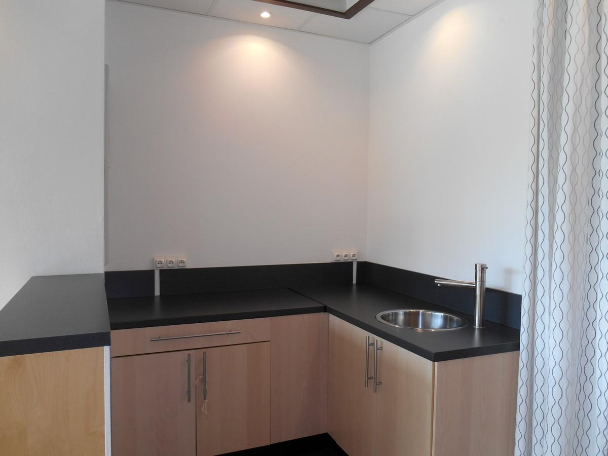 [Business] Un local commercial avec vitrines – Illkirch / route de Lyon - nos locations - Beausite Immobilier 9