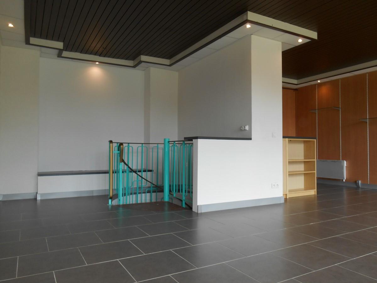 [Business] Un local commercial avec vitrines – Illkirch / route de Lyon - nos locations - Beausite Immobilier 6