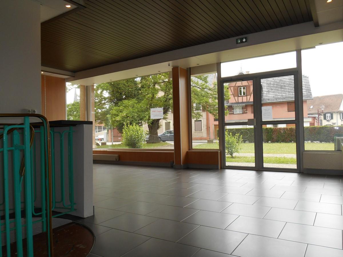 [Business] Un local commercial avec vitrines – Illkirch / route de Lyon - nos locations - Beausite Immobilier 4
