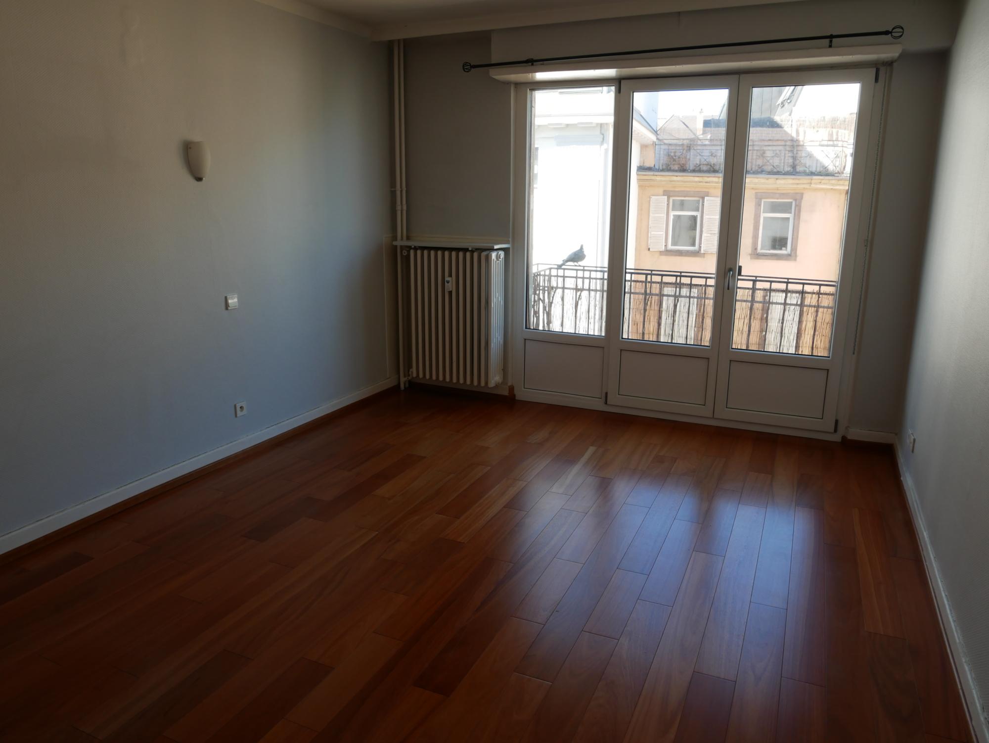 [Shiny] Lumineux 2 pièces avec balcon - Halles / rue de Bouxwiller - nos locations - Beausite Immobilier 1