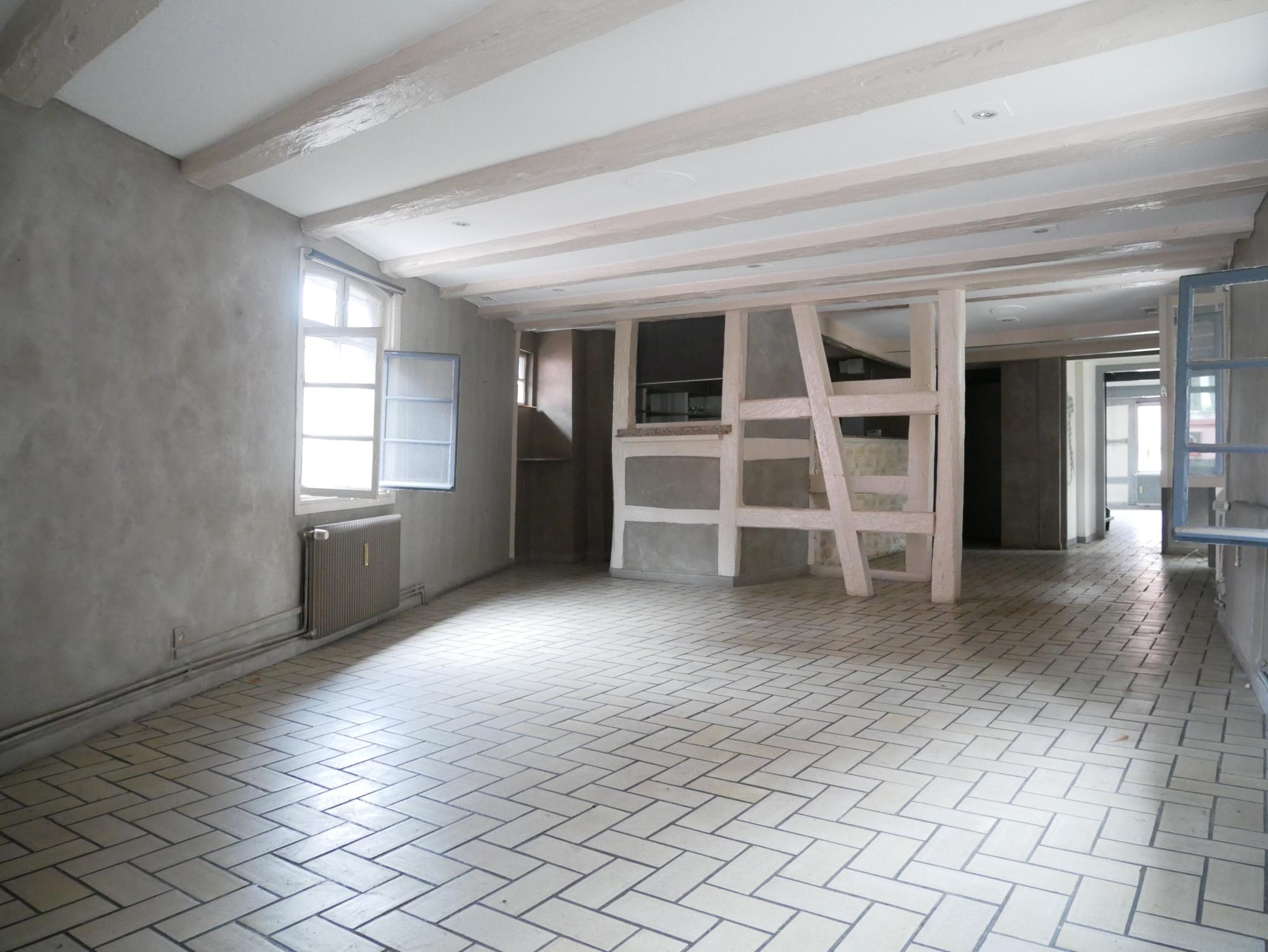Très beaux murs commerciaux - Brumath centre / place de la Liberté - nos ventes - Beausite Immobilier 8