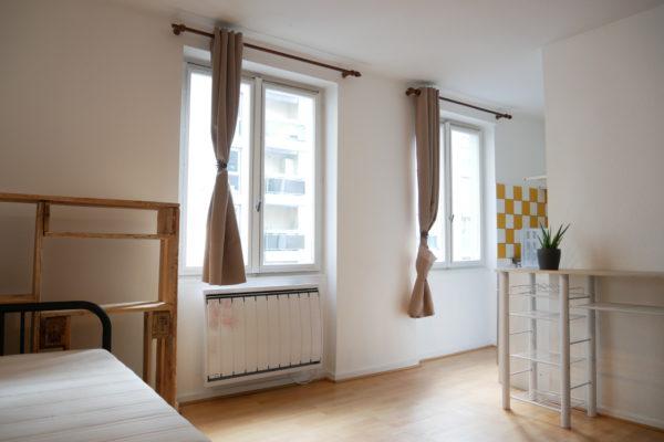 Très beau studio - Bourse / Rue de la Première Armée