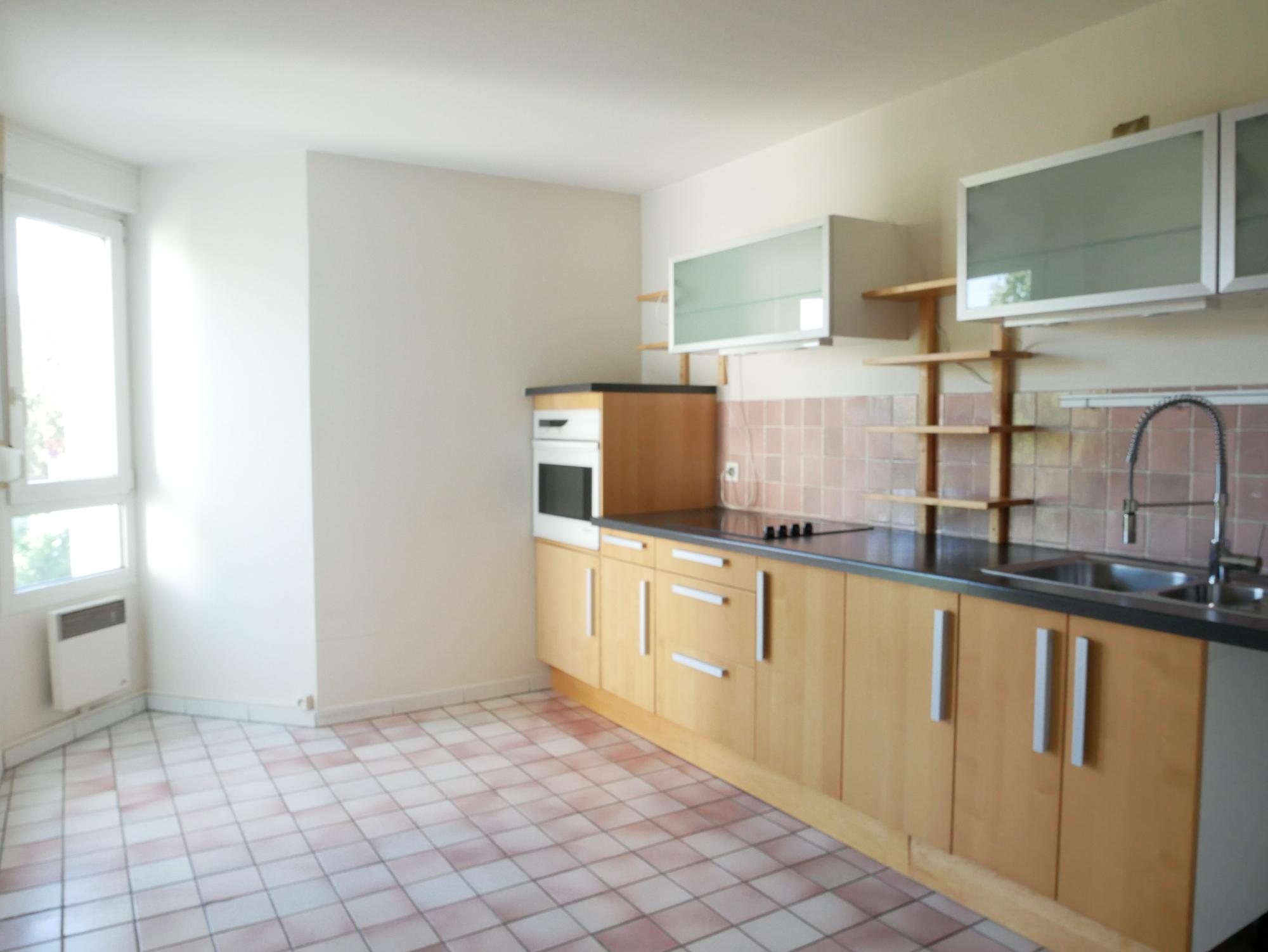 [Urbain] Grand 3 pièces - Neudorf / rue Saint-Urbain - nos locations - Beausite Immobilier 3