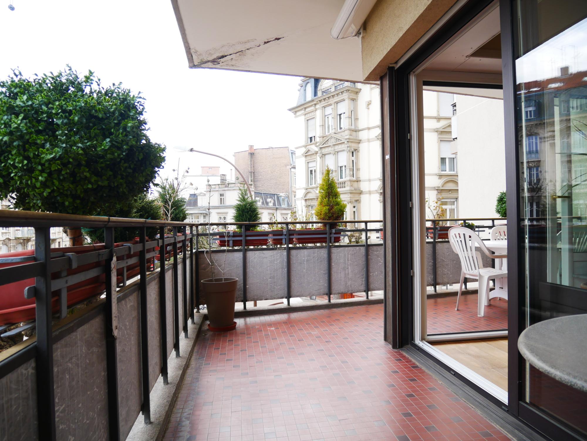 [Golby] Un superbe appartement d'angle à l'Orangerie / Place Golbery - nos ventes - Beausite Immobilier 2