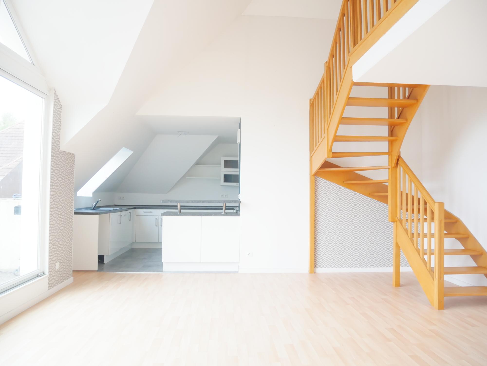 [Lumière] Lumineux 3 pièces en duplex - Stockfeld / rue de la Faisanderie - nos locations - Beausite Immobilier 3
