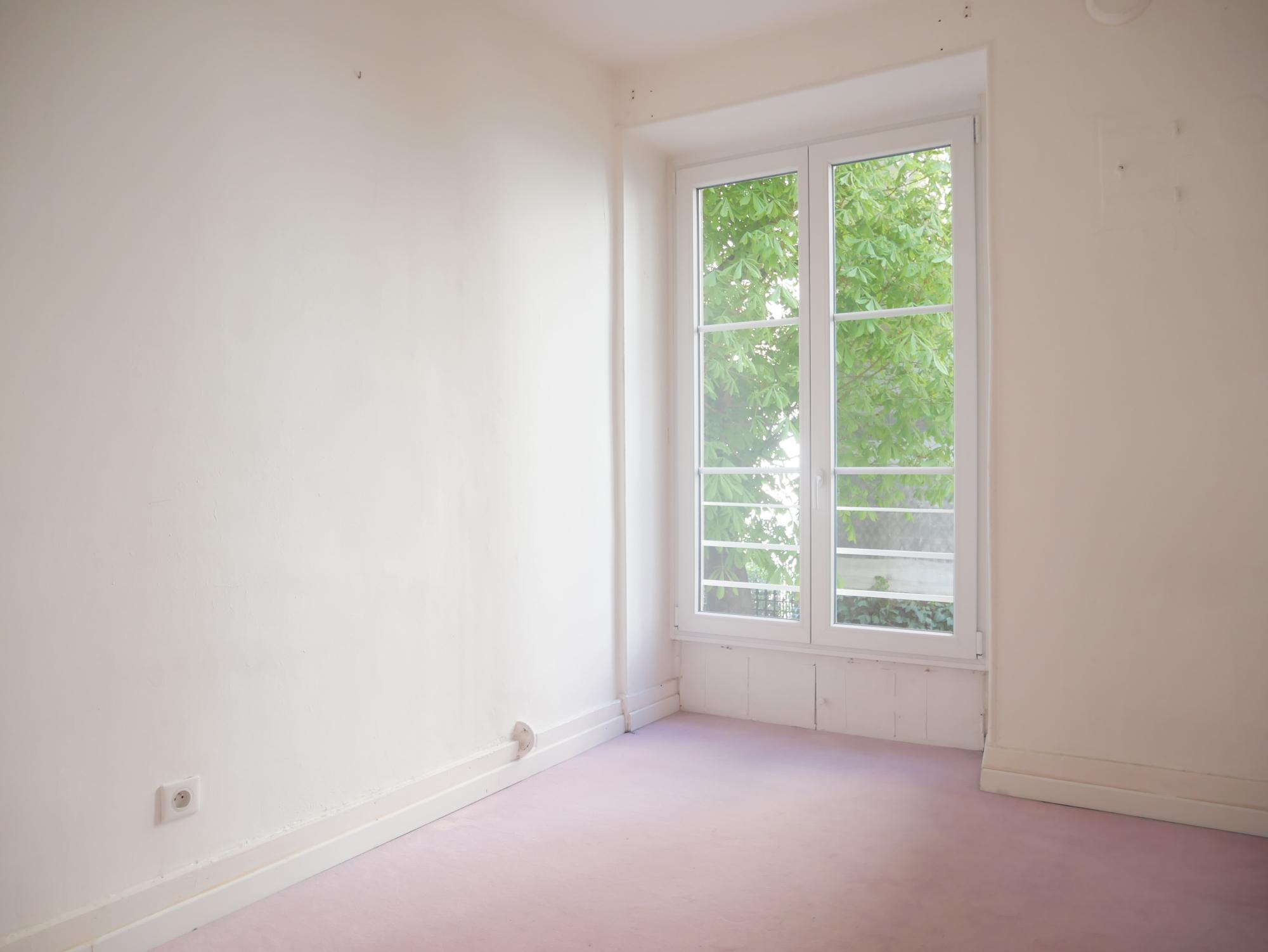 [Triomphe] Local professionnel - C.C les Halles / Quai Kléber - nos locations - Beausite Immobilier 2