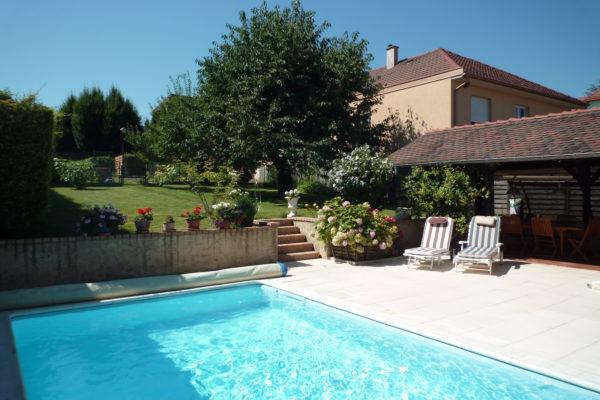 VENDUE - Superbe maison 8P avec piscine - Souffelweyersheim