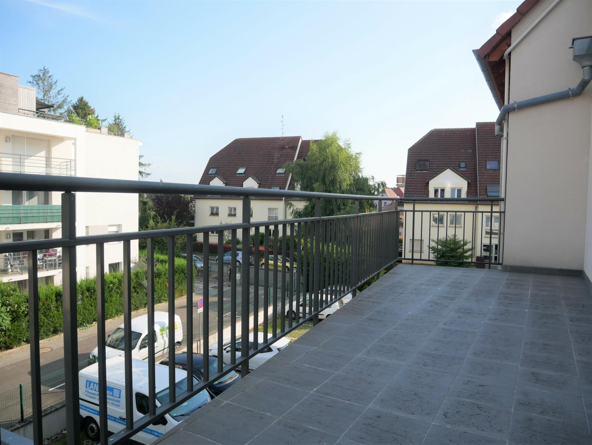 [Rod] Un superbe 3 pièces en état neuf avec terrasse et garage – Ganzau / rue des Chanoine Lux - nos locations - Beausite Immobilier 5