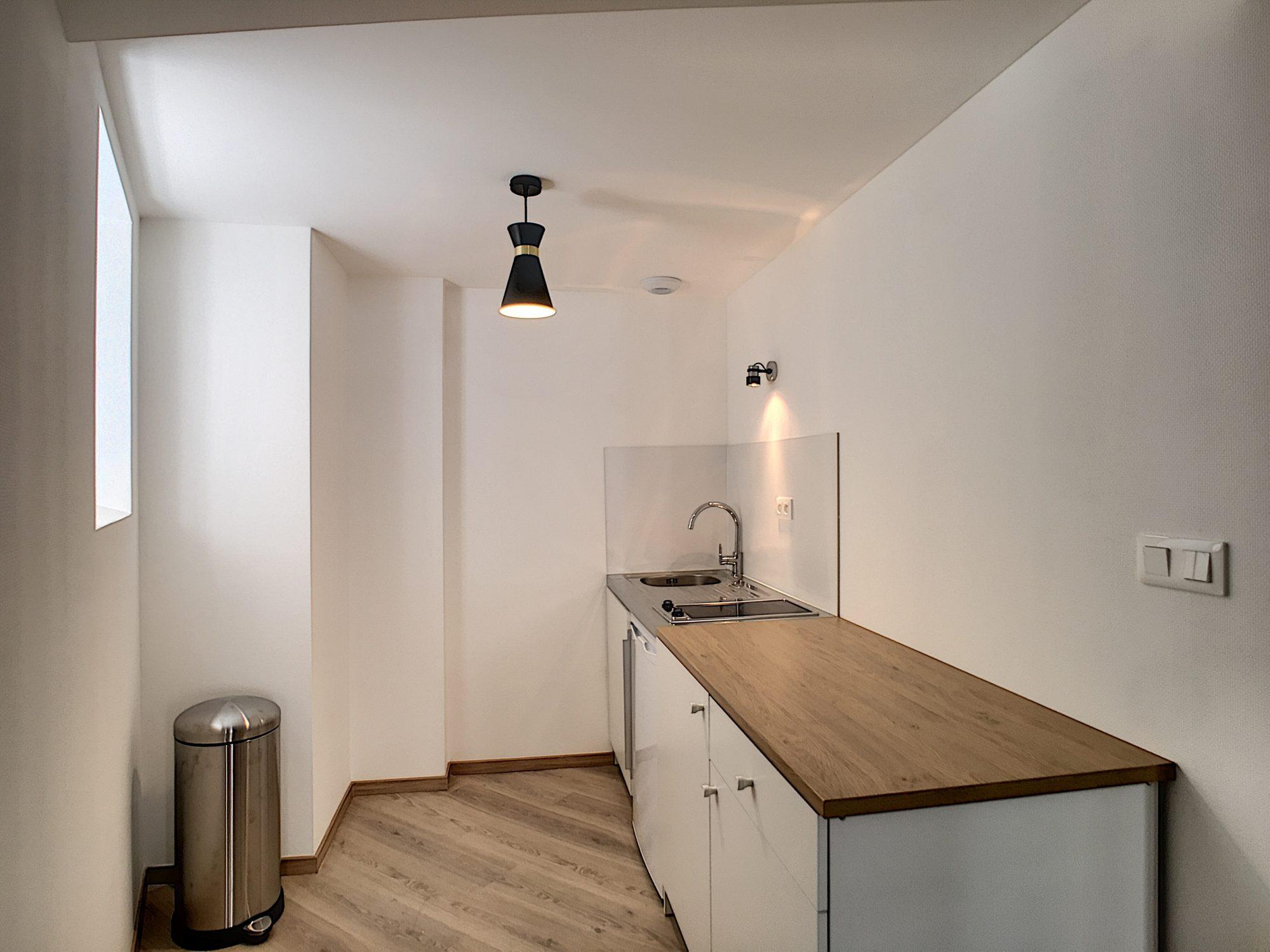 [Atypique] Splendide 2 pièces meublé avec terrasse – Petite France / quai Turckheim - nos locations - Beausite Immobilier 6