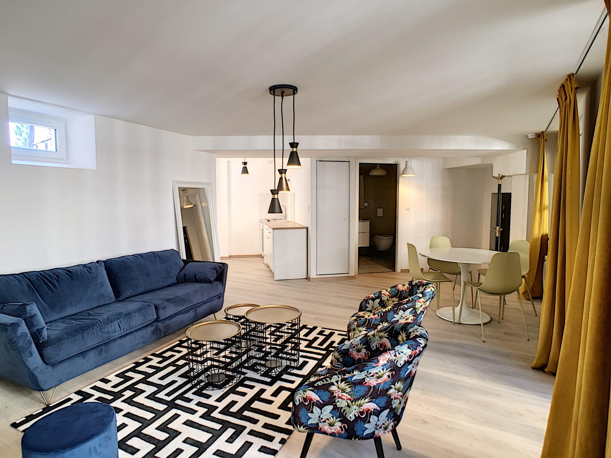 [Atypique] Splendide 2 pièces meublé avec terrasse – Petite France / quai Turckheim - nos locations - Beausite Immobilier 2