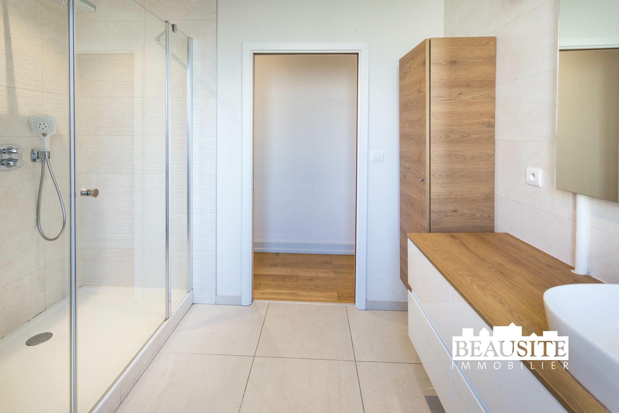 [Sobremesa] L'appartement 5 pièces chaleureux et convivial - Strasbourg / Boulevard du Président Poincaré - nos ventes - Beausite Immobilier 10