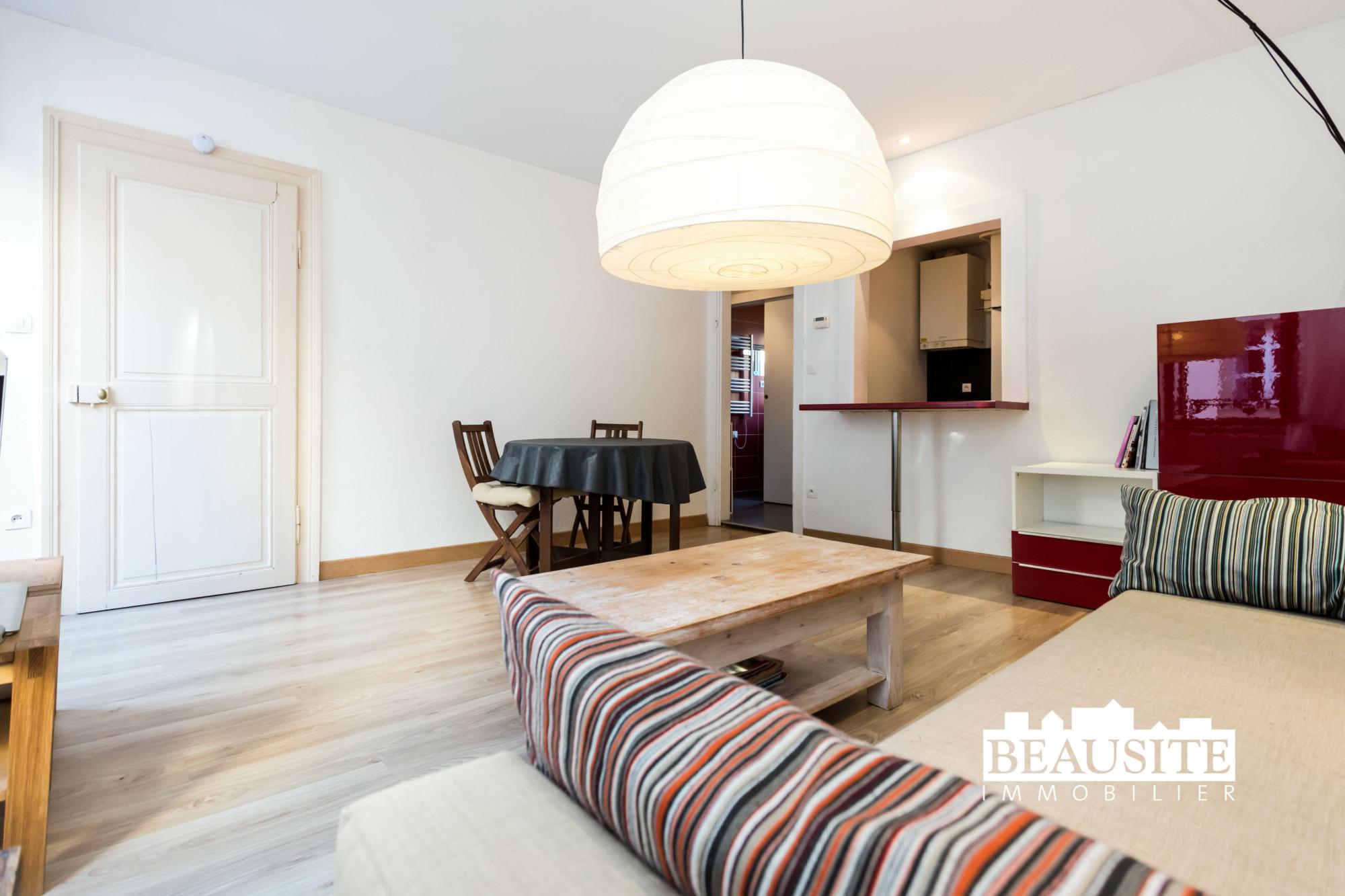 [Mick] Un lumineux appartement aux prestations de qualité - Gare / rue des Païens - nos ventes - Beausite Immobilier 3