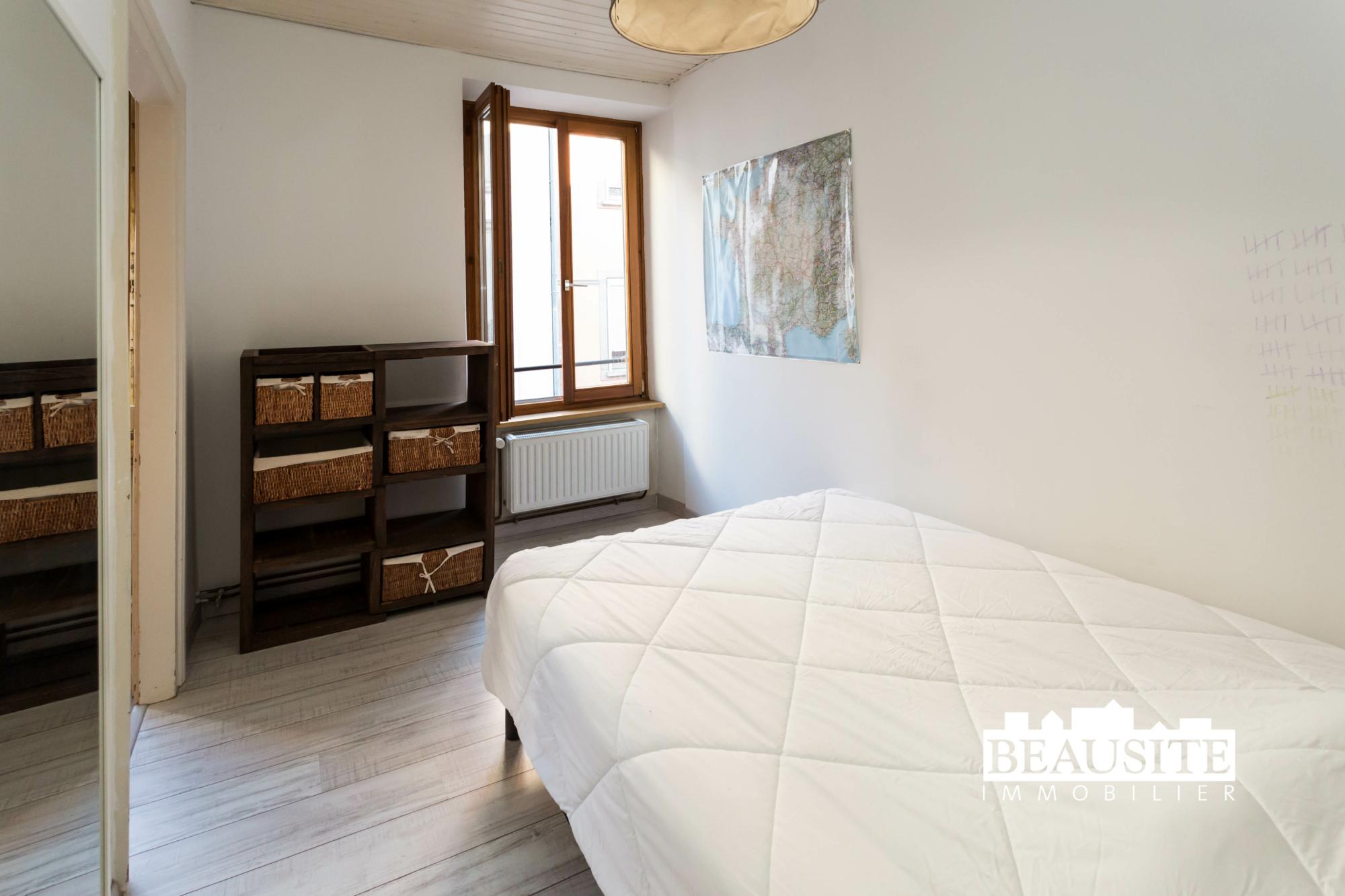 [Mick] Un lumineux appartement aux prestations de qualité - Gare / rue des Païens - nos ventes - Beausite Immobilier 8
