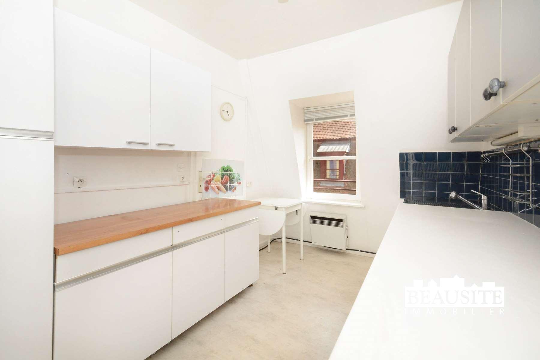 [Gold] Un appartement lumineux avec vue sur la Cathédrale - Strasbourg Centre - nos ventes - Beausite Immobilier 10