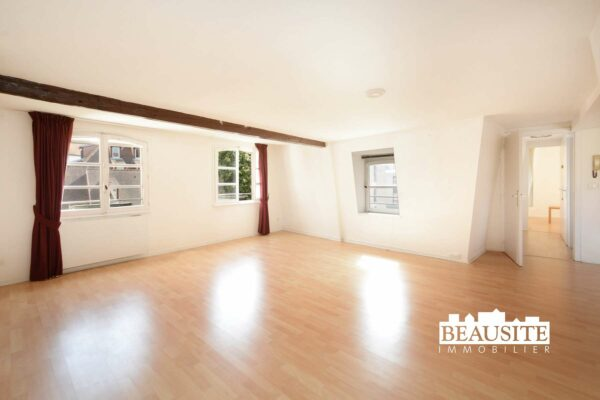 [Goldy] Un appartement lumineux dans résidence séniors