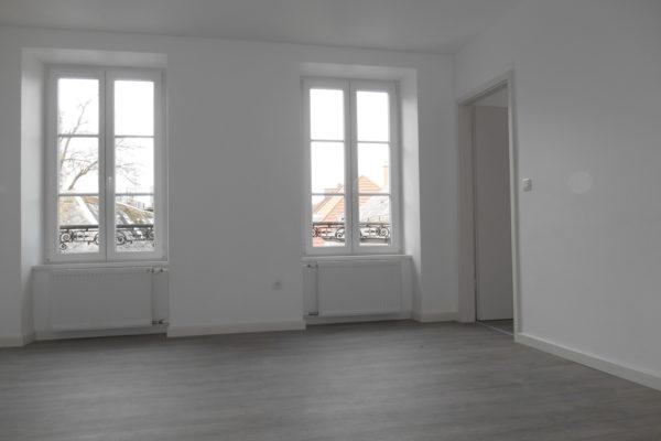 Superbe 3P rénové - Krutenau/Prox. place Zurich