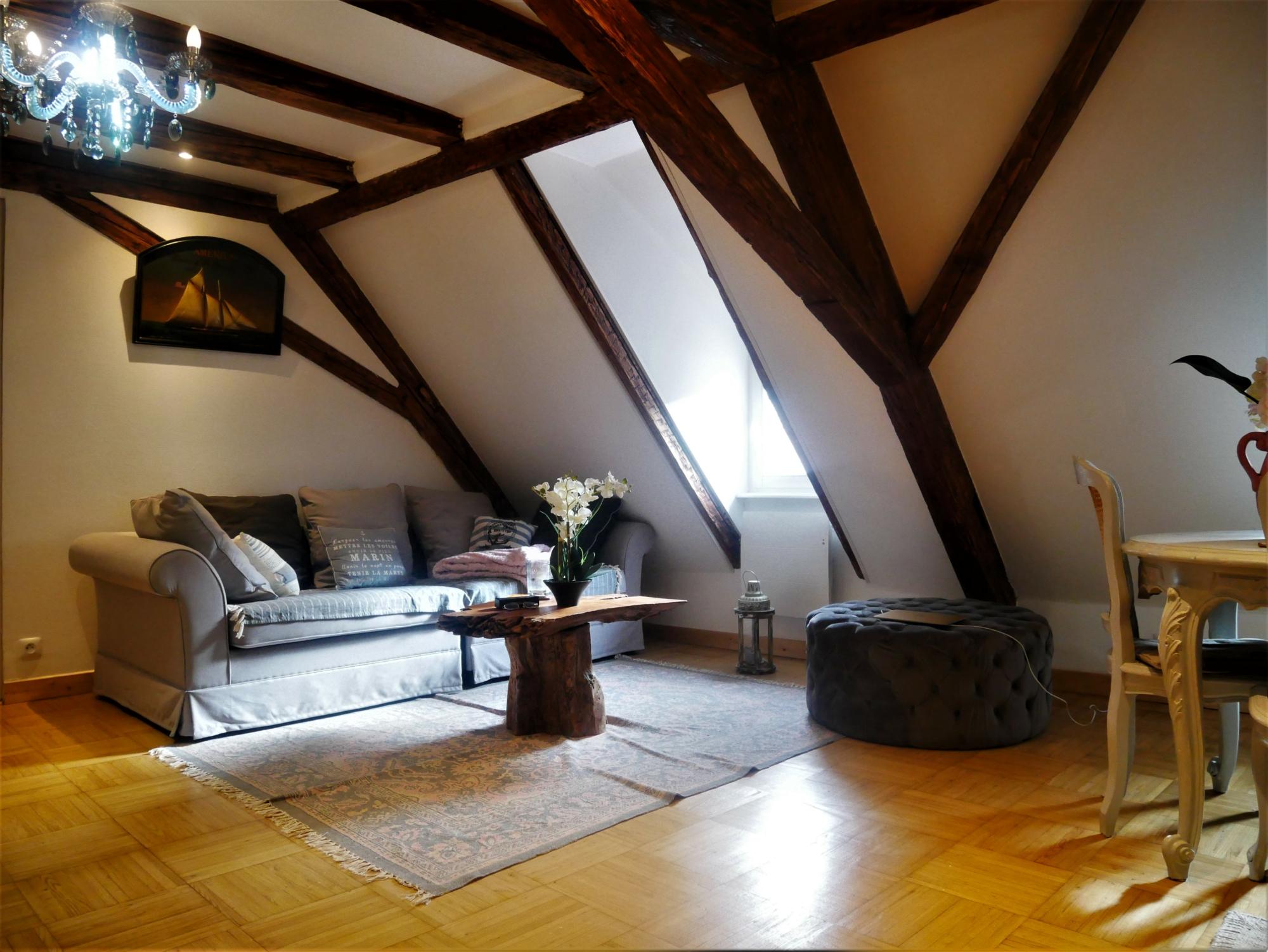[Vénus] 3 pièces meublé en duplex - Hypercentre / rue des Juifs - nos locations - Beausite Immobilier 2