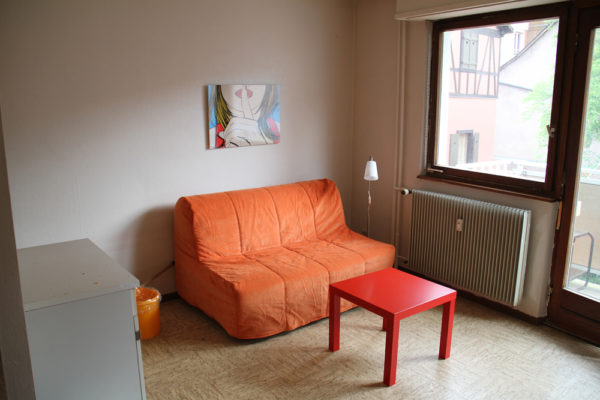 Joli studio meublé avec balcon - Place Kléber/Rue du 22 Novembre